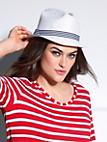 Emilia Lay - Le chapeau