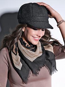 Anna Aura - La casquette