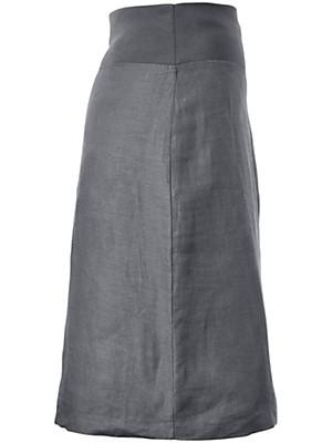 Emilia Lay - La jupe