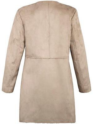 Emilia Lay - Le manteau