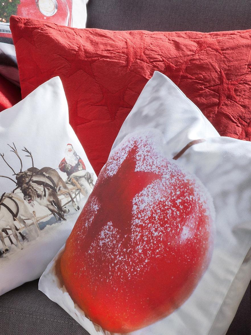 proflax la housse de coussin rouge. Black Bedroom Furniture Sets. Home Design Ideas