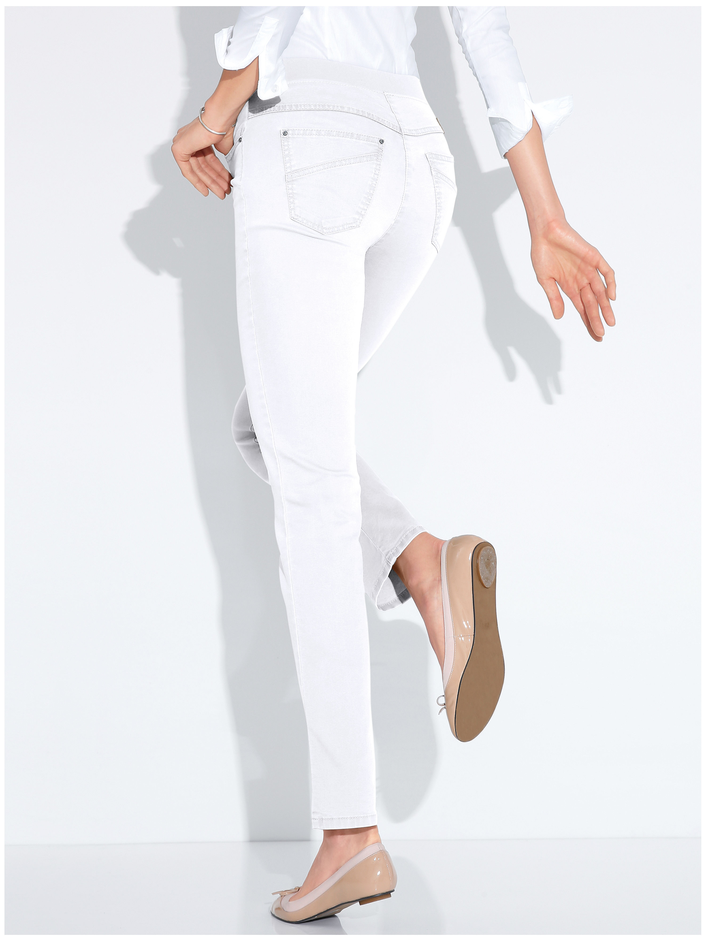Le pantalon ProForm Slim, modèle PAMINA de Raphaela by Brax denim taille 20