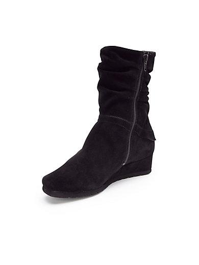 Theresia M. - Les bottes